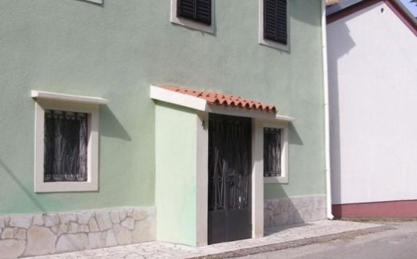 Kuća/House/Bakarac/200m2/ € 138.000