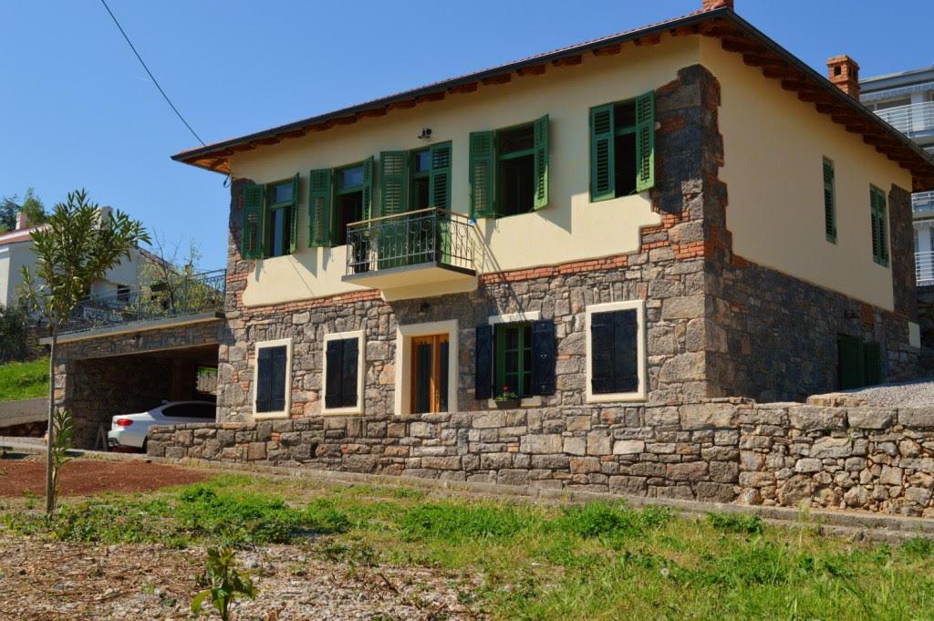 Kuća/House, Icici, 260m2